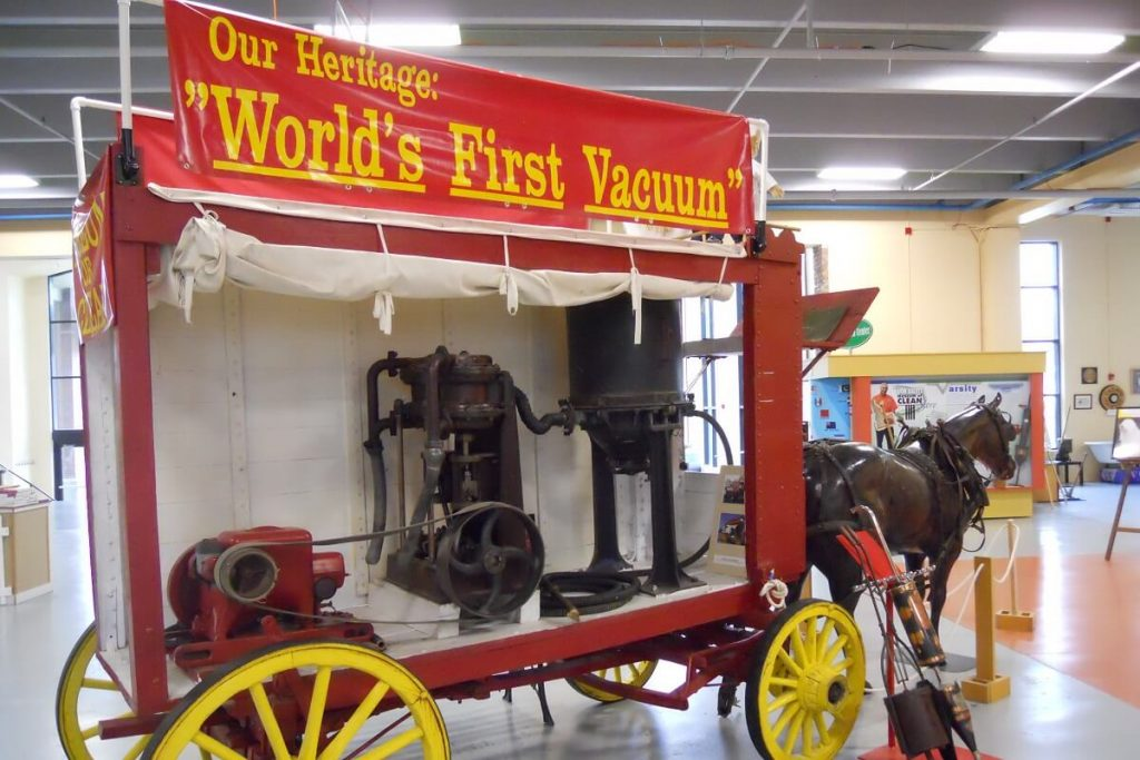 World's First Vacuum Cleaner